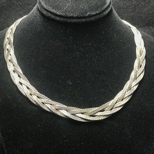 Jewelry - Vintage silver tone braided necklace
